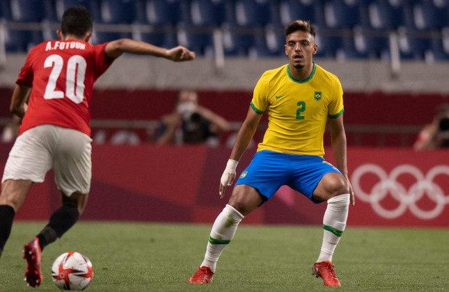GABRIEL MENINO - Embora tenha sido reserva na Olimpíada, é chamado com frequência por Tite para a lateral direita.