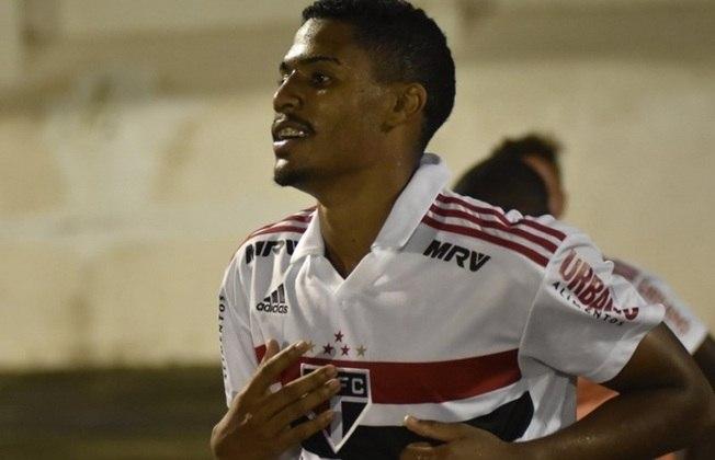 Gabriel Novaes foi artilheiro da Copinha de 2019 com dez gols, pelo São Paulo. Decisivo no título, foi emprestado ao Barcelona B logo em seguida, mas não empolgou. De lá, partiu para o Córdoba (ESP). Hoje, aguarda para saber onde jogará.