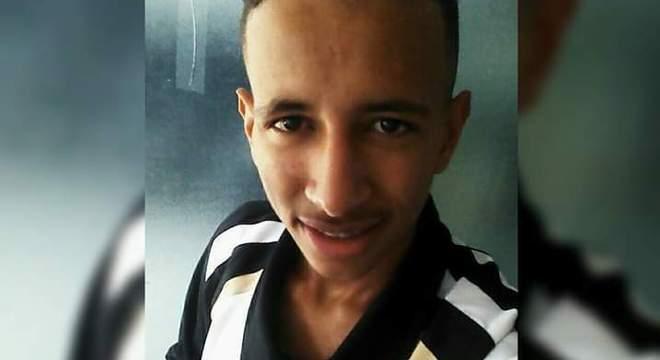 Gabriel Paiva, de 16 anos, teria sido morto por PMs, em SP