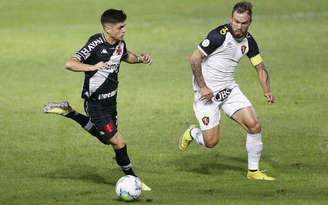 Gabriel Pec: atacante do Vasco, 19 anos, contrato até agosto de 2024. Fez cinco jogos, dois como titular