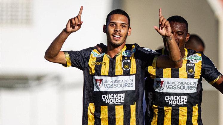 Gabriel Pereira (Volta Redonda): mais um jogador que contribui para o sistema defensivo do Voltaço. Até aqui, o zagueiro lidera a competição em interceptações.