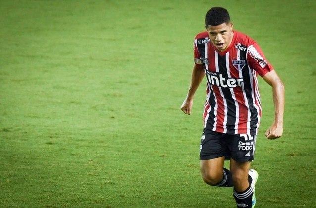 Gabriel Sara - Meia - São Paulo - 21 anos - Antes de renovar seu vínculo com o Tricolor, Gabriel Sara era especulado no Campeonato Italiano, com Milan, Inter de Milão e Roma disputando o atleta