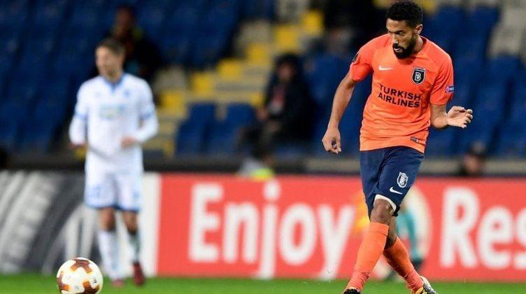 GAEL CLICHY - O lateral-esquerdo francês de 35 anos não vai mais jogar no futebol turco. Deixou o Istanbul Basaksehir.