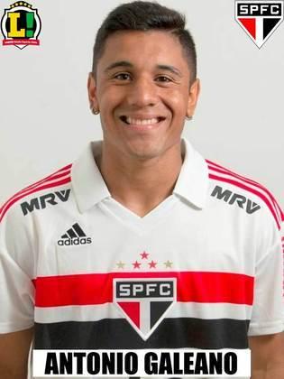 Galeano - 6,5 - Entrou para dar mais velocidade ao ataque e foi eficaz em sua função. Deu o passe para o gol de Vitor Bueno.