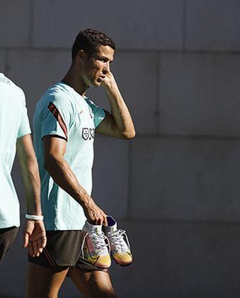 GALERIA: A nova chuteira de Cristiano Ronaldo e Ada Hegerberg