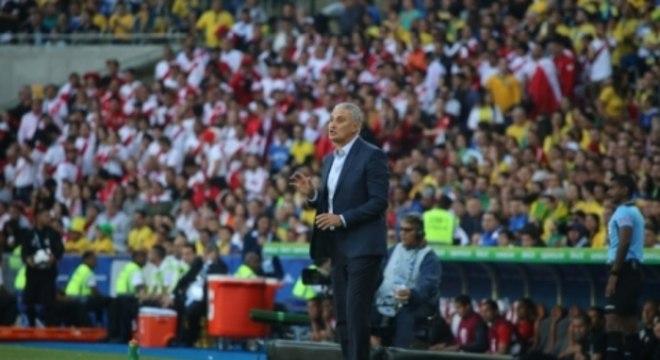 Marquinhos acredita que Tite já tenha uma base para a equipe