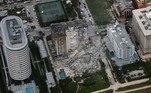 Cerca de 55 apartamentos foram afetados pelo desabamento, de acordo com um responsável dos bombeiros deMiami-Dade, Ray Jadallah