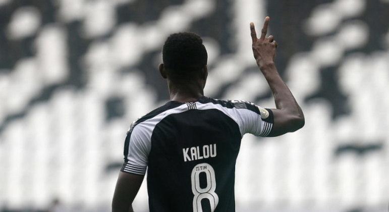 Com somente um gol em 27 jogos, Kalou rescinde com o Botafogo