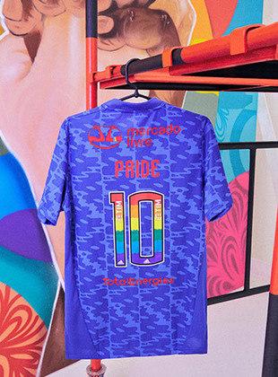 GALERIA: Veja fotos da camisa lançada pelo Flamengo