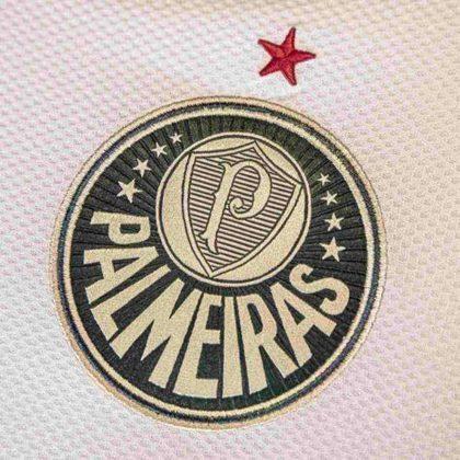 GALERIA: Veja fotos da nova camisa 3 do Palmeiras