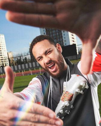GALERIA: Veja fotos da nova chuteira de Neymar