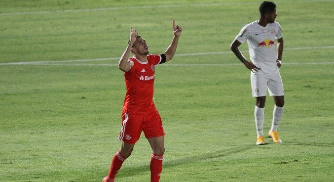 Thiago Galhardo vive um grande momento pelo Internacional
