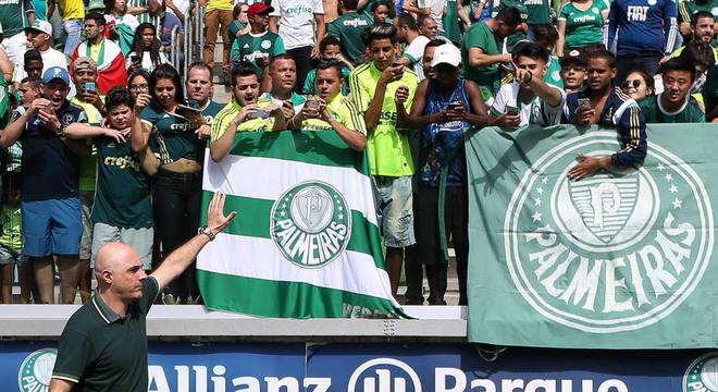 Galiotte lidera a rebeldia contra a Globo. Não cedeu ao castigo da emissora carioca