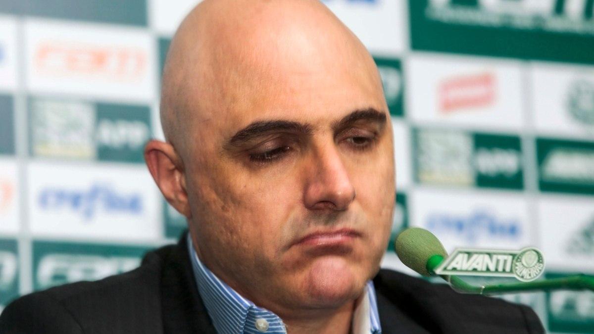 Galiotte vive seu pior momento como presidente do Palmeiras. Sem rumo