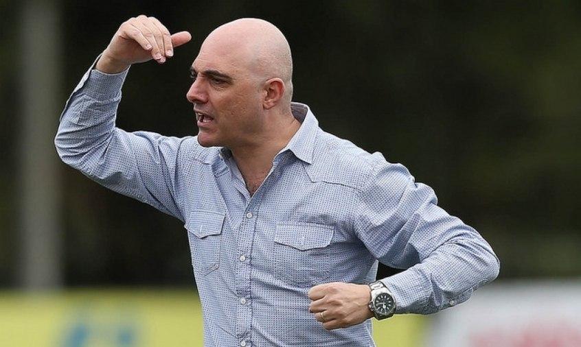 Galiotte defende que o Brasileiro não siga acontecendo, se não houver jogo hojePalm