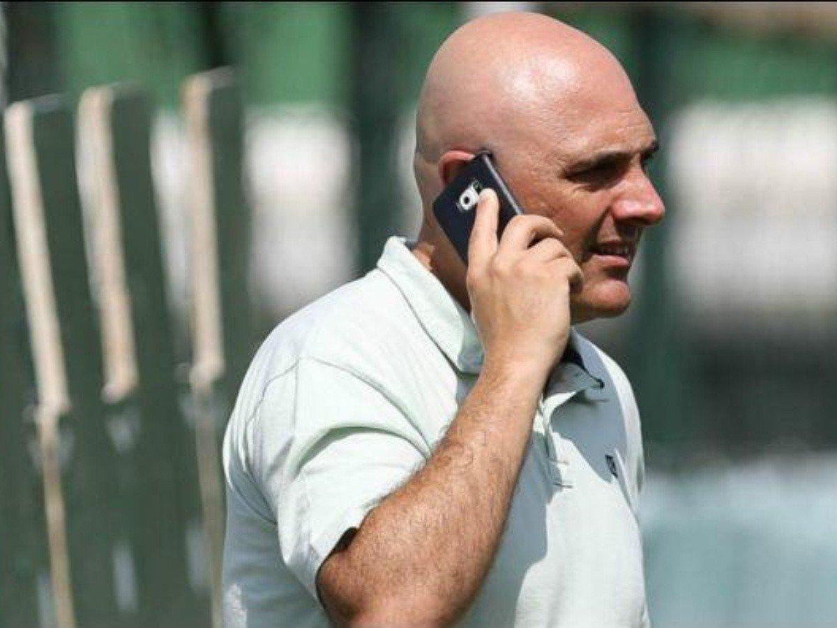 Galiotte acompanhou toda a negociação por telefone. Sabe que não pode errar mais