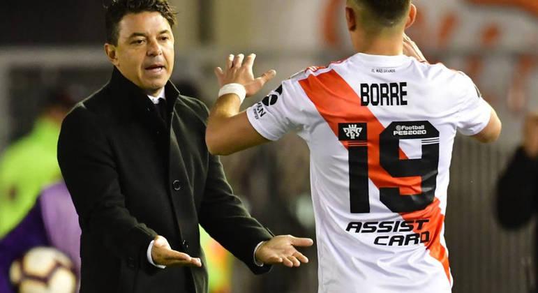 Gallardo está tentando convencer Borré a seguir no River Plate. Está muito difícil