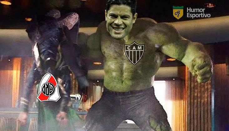 Galo venceu o time argentino por 3 a 0 e confirmou classificação às semifinais da Libertadores. Zaracho, com dois gols, e Hulk foram os grandes nomes da partida. Veja os memes que circularam na web após o confronto! (Por Humor Esportivo)