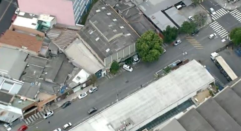 Suspeitos tentam assaltar galpão em Osasco nesta segunda-feira (7)