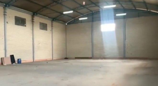 Galpão teria sido usado por grupo que roubou banco em Criciúma, diz polícia
