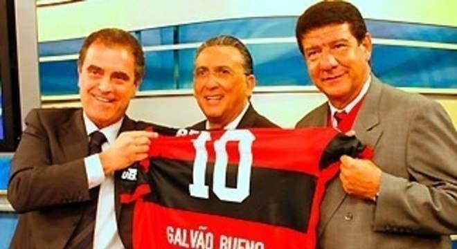 Galvão Bueno não foi tão veemente contra o Flamengo. Pela volta do público nos estádios