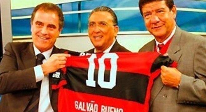 Globo quer Galvão narrando a final do Mundial. No Qatar ou no Rio. Tanto faz