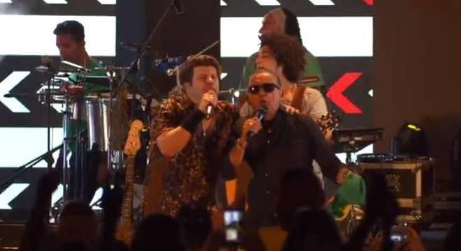 Paulo Ricardo e Galvão Bueno fazem uma dobradinha do novo clipe do cantor