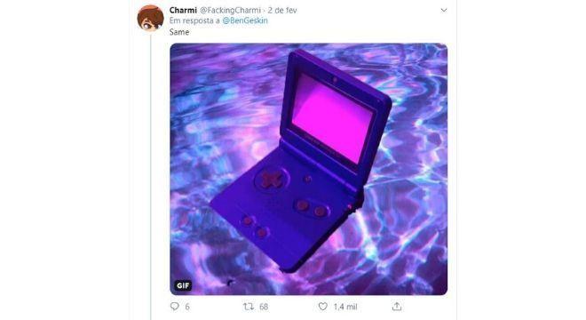 Tweet compara o smartphone a um Game Boy, videogame portátil dos anos 90