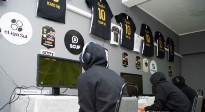 Gaming house possui estrutura acima da média no cenário brasileiro (foto: Max Peixoto)
