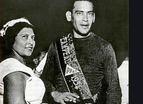 ...Garcia  foi o arqueiro do segundo tricampeonato do Mengo e titular da seleção paraguaia, sendo o melhor em campo na única vtória do Paraguai sobre a nossa seleçao no Brasil (em 1949, 2 a 1) . Até hoje é o segundo estrangeiro com mais jogos pelo Flamengo, atrás apenas do também paraguaio Modesto Bria (369).