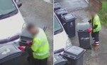 Um grupo de garis de Chadderton, na Inglaterra, foi flagrado enquanto cercava o carro de um casal com 11 lixeiras. O inusitado é que esses profissionais já fazem isso há mais de uma década