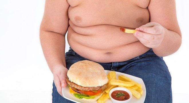 A obesidade, segundo Graziano, é o terceiro ônus social mais dispendioso causado pelo homem, atrás apenas do fumo e da violência' provocada pelas guerras e pelo terrorismo