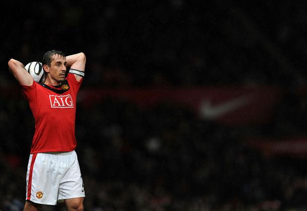 Gary (foto) e Phil Neville: atuaram juntos no Manchester United.