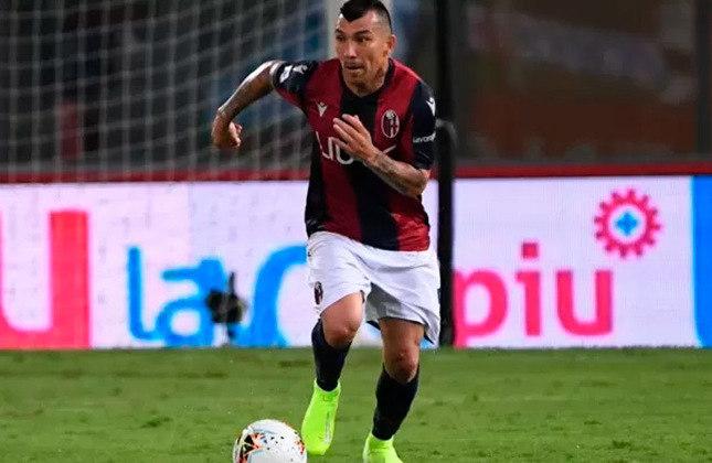 Gary Medel - 33 anos - Volante - Clube: Bologna - País: Chile - Contrato até: 30/06/2022