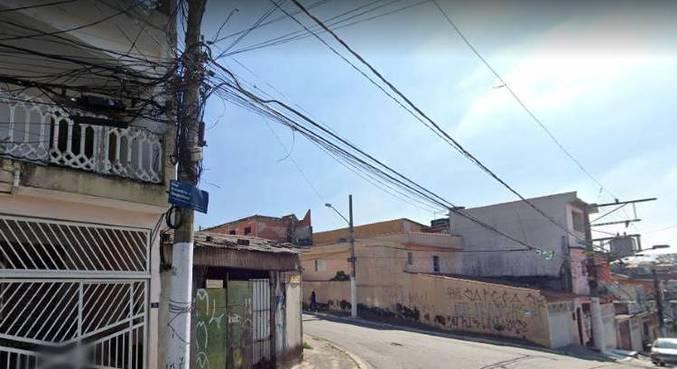 Explosão em casa usada por traficantes assustou moradores na zona leste de SP