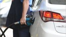 Combustíveis guiam alta de 0,48% da prévia da inflação em fevereiro