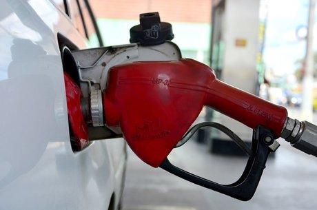 Preço da gasolina sobe em 15 Estados