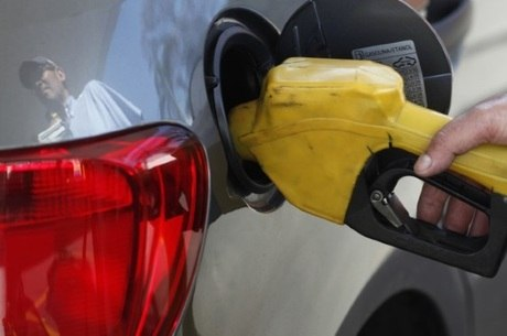 Preço dos combustíveis recuaram em dezembro