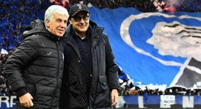 Gian Piero Gasperini e Maurizio Sarri no estádio da Atalanta, antes da suspensão