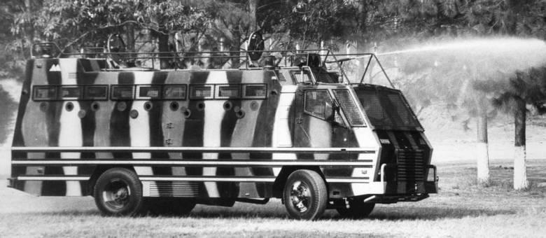 Caminhão Centurion do Grupo de Ação Tático Especial (GATE) da Polícia Militar de São Paulo
