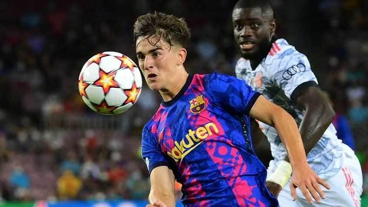 Gavi (Espanha) - Clube: Barcelona (Espanha) - Posição: Meio-campista