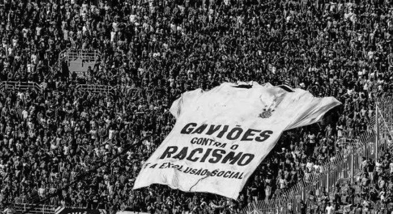 Gaviões se posicionou. Exige a 'demissão imediata' de Danilo Avelar