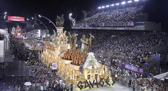 Desfile marcou a estreia do carnavalesco Paulo Barros em São Paulo
