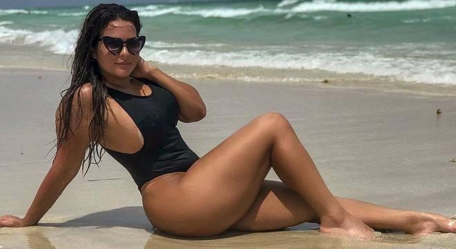 Geisy Arruda está curtindo férias nos Estados Unidos
