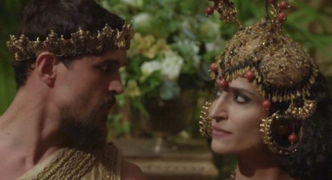 Hod conta para o rei Ibbi-Sim sobre o caso que a rainha tem com o general