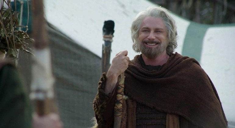 Petrônio Gontijo interpreta Israel na última fase da novela Gênesis