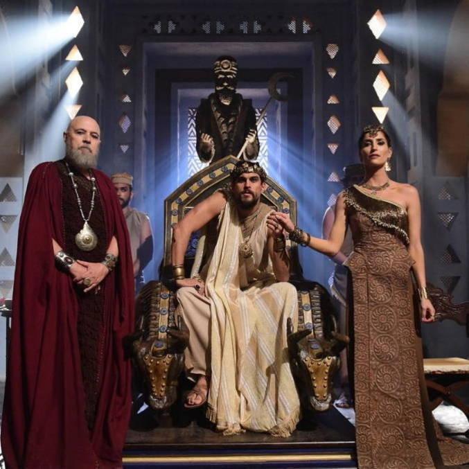 A sociedade dos caldeus era baseada na monarquia