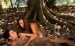Longe do Jardim e de Deus, Adão adoece e Eva cuida dele e clama para o Senhor curá-lo