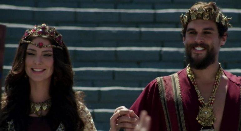 """Nadi e o rei Ibbi-Sim são os personagens envolvidos no """"casamento sagrado"""" retratado em Gênesis"""