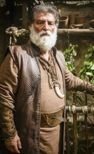 Gomer (Giuseppe Oristânio): Primo de Ninrode, toma para si a responsabilidade de criá-lo quando vê o desprezo do pai pelo rapaz. Se esforça para mantê-lo nos caminhos de Deus, mas fica desapontado ao saber que ele pretende construir a Torre de Babel.